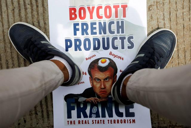 Al-Qaeda Ancam Macron, Bunuh Siapa Saja yang Hina Nabi (228386)