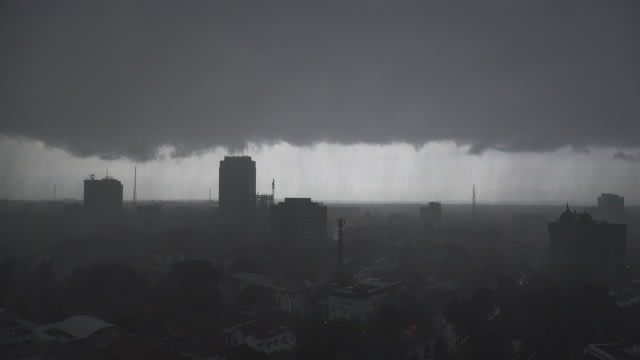 Warga Mamuju, Sulbar, Diminta Waspada Cuaca Ekstrem dan Gempa Bumi