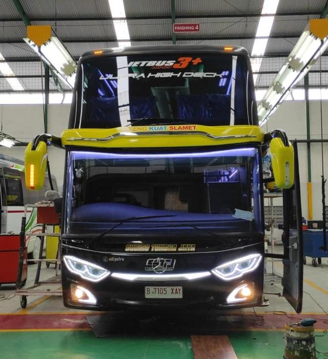 Berita Populer: Bus Baru Jadi Langsung Ringsek, Pilih Yamaha Aerox atau NMax (129255)