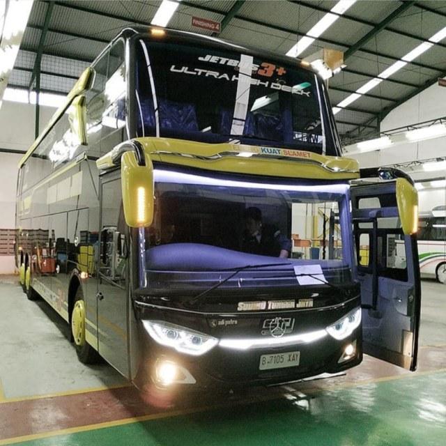 Berita Populer: Bus Baru Jadi Langsung Ringsek, Pilih Yamaha Aerox atau NMax (129257)