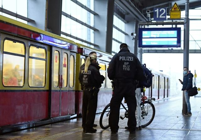 Kematian Harian COVID-19 Pecah Rekor, Jerman Berencana Terapkan Mega Lockdown  (21405)