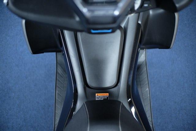 Foto: Wajah Baru All New Yamaha Aerox 155 Connected, Makin Sporty dan Canggih! (316345)