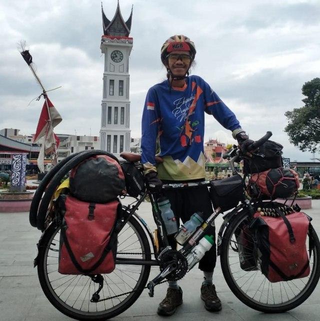 Cerita Maahir Jelajah Indonesia Pakai Sepeda: Sudah Keliling ke-33 Provinsi (664791)
