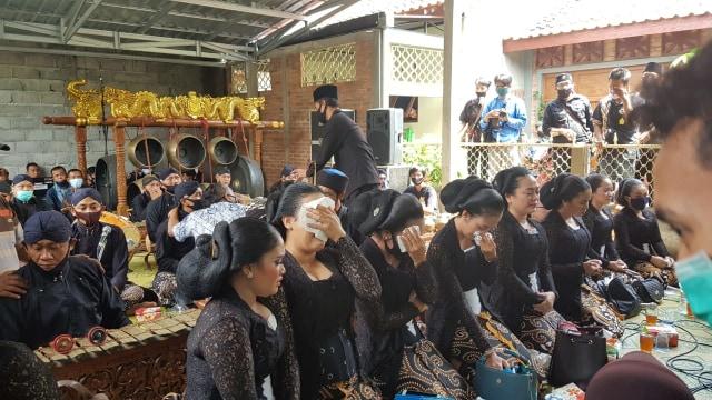 Mengenal Sosok Ki Seno, Dalang Kondang Asal Jogja yang Tutup Usia (564718)