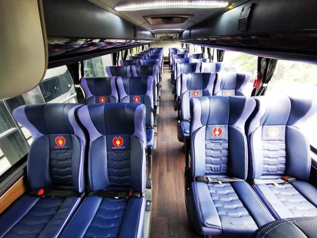 Berita Populer: Beda SIM Motor C1 dan C2; Posisi Duduk Bus yang Bikin Mual (45996)
