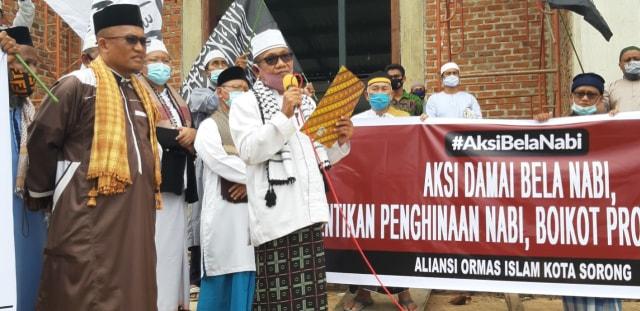 Aksi Bela Nabi, Umat Muslim Kota Sorong Boikot Produk Perancis (16359)