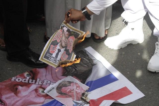Aksi Bela Nabi di Aceh Barat, Massa Desak Pemerintah Boikot Produk Prancis (11177)