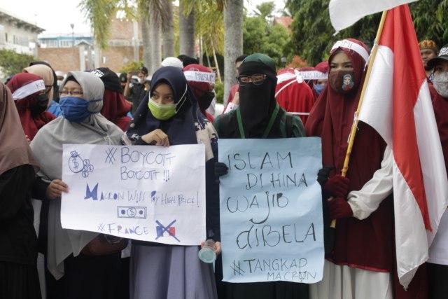 Aksi Bela Nabi di Aceh Barat, Massa Desak Pemerintah Boikot Produk Prancis (11179)