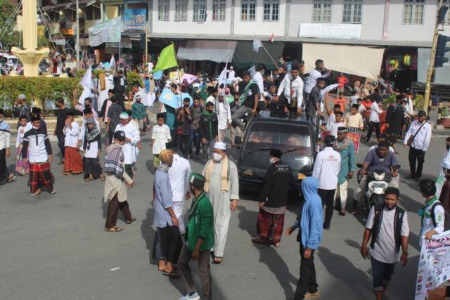 Aksi Bela Nabi di Aceh Barat, Massa Desak Pemerintah Boikot Produk Prancis (11181)