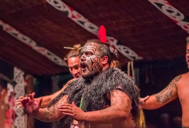 Arti Tato Sakral Suku Maori yang dimiliki Menlu Selandia Baru: Identitas Leluhur (487460)