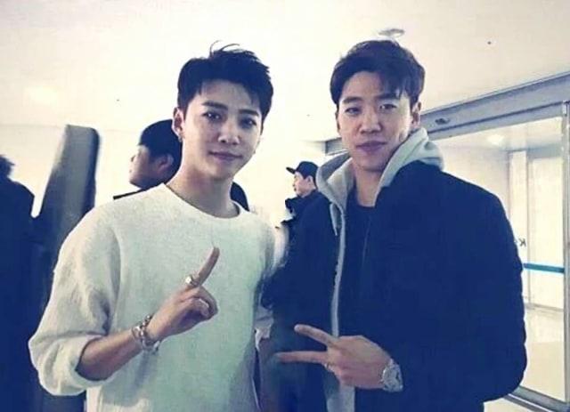Xion Oneus dan 4 Idol Kpop yang Punya Kembaran, Gemas! (42730)