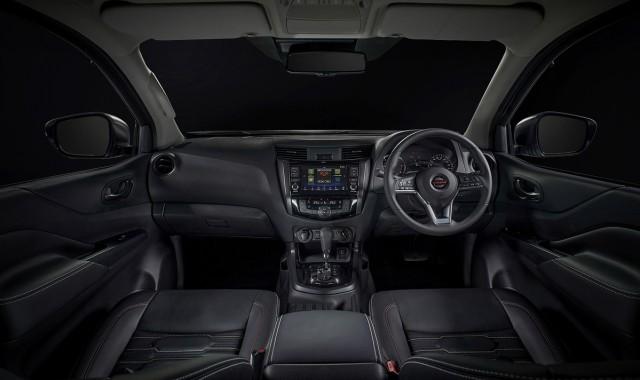 Nissan Navara Facelift Meluncur, Tampilan Jadi Lebih Sangar (5)