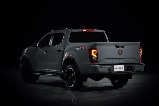 Nissan Navara Facelift Meluncur, Tampilan Jadi Lebih Sangar (12)