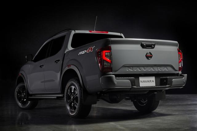 Nissan Navara Facelift Meluncur, Tampilan Jadi Lebih Sangar (4)