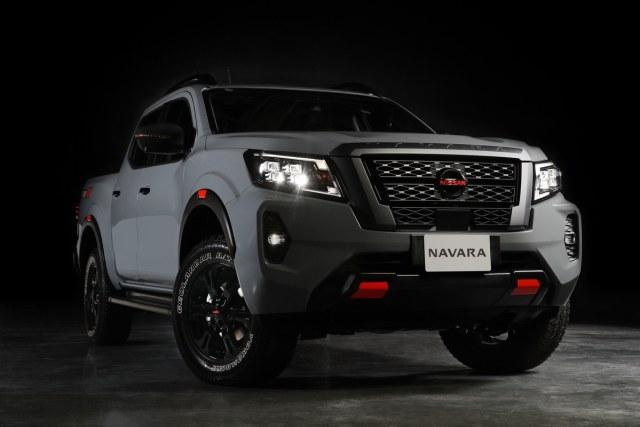 Nissan Navara Facelift Meluncur, Tampilan Jadi Lebih Sangar (9)