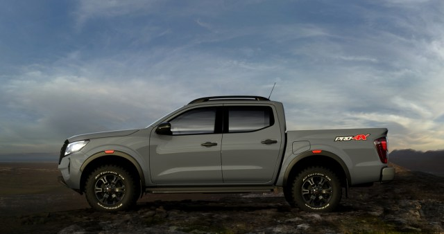 Nissan Navara Facelift Meluncur, Tampilan Jadi Lebih Sangar (19)