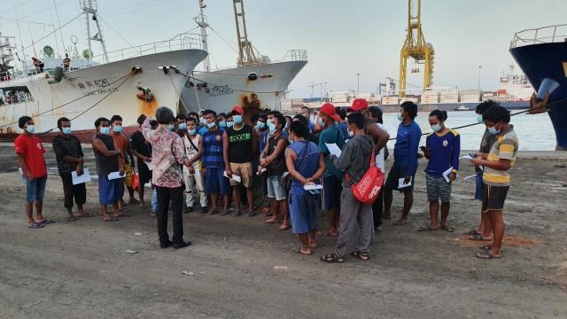 13 ABK WNI Kapal China yang Telantar di Senegal Pulang ke Indonesia (322275)