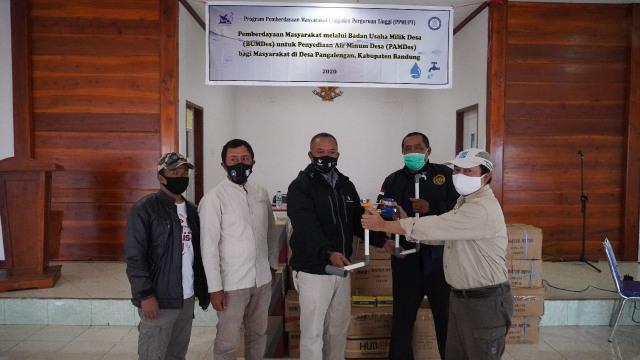 Geologi ITB dan Usaha Penuntasan Masalah Air Bersih di Desa Pangalengan (46428)