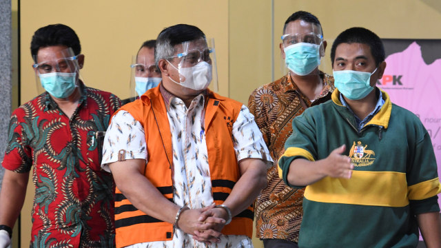 Bupati Labuhanbatu Utara Khairuddin Syah Sitorus Segera Disidang (278212)