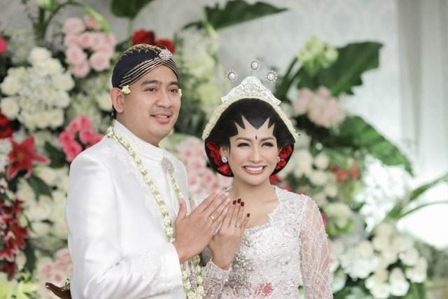 5 Berita Populer: Denny Sumargo Nikah Bulan Ini hingga Wijin Mantap Pilih Gisel (125444)