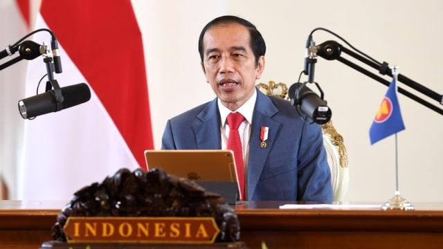 LIVE: Jokowi Disuntik Vaksin Sinovac (56706)