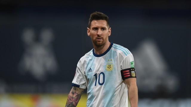 Rumor Transfer: Man City Mau Ikat Lionel Messi 10 Tahun (54242)