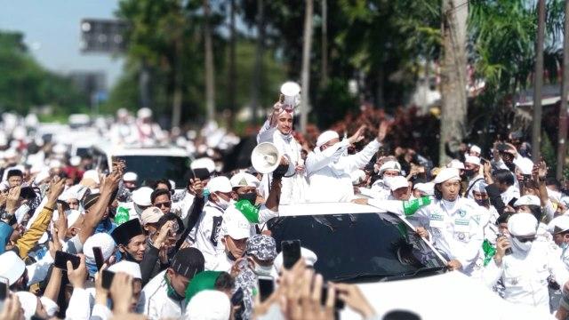 Anggota DPR Asal NTT Komentari Kerumunan Jokowi: Teringat Habib Rizieq (31690)