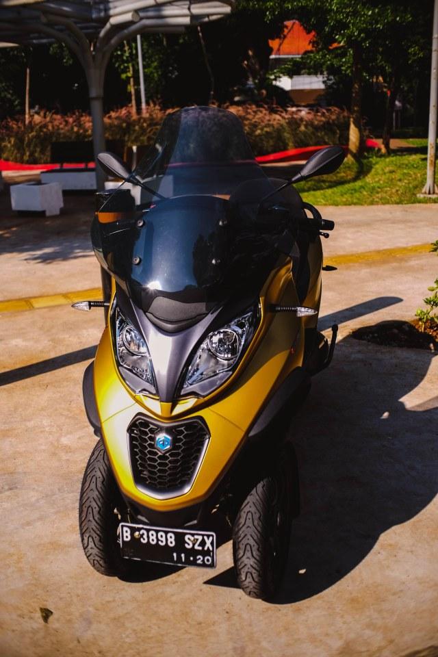Foto: Lebih Dekat dengan Piaggio MP3 500 HPE, Skutik Canggih Beroda 3 (85220)