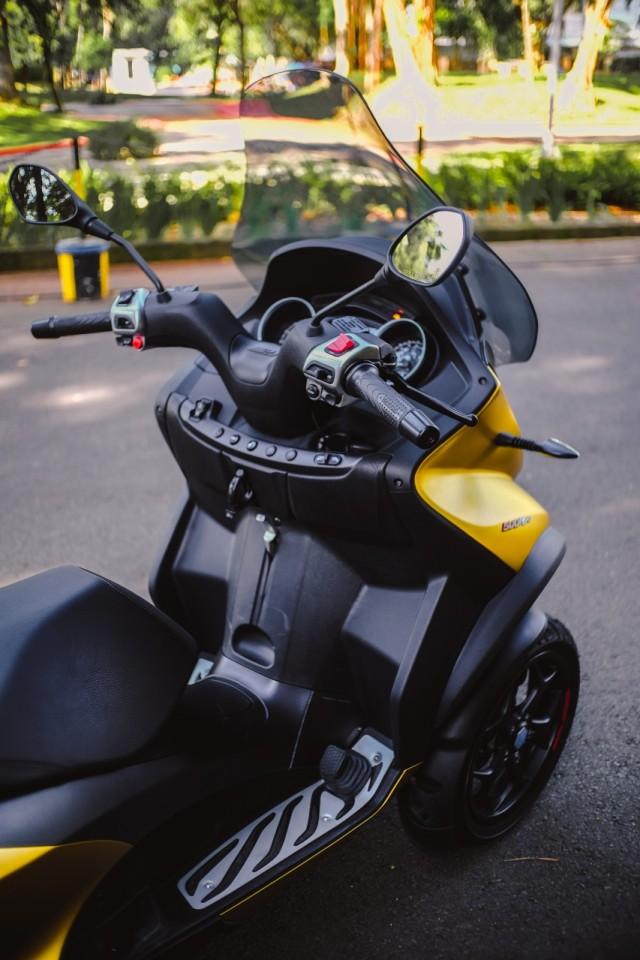 Foto: Lebih Dekat dengan Piaggio MP3 500 HPE, Skutik Canggih Beroda 3 (85210)