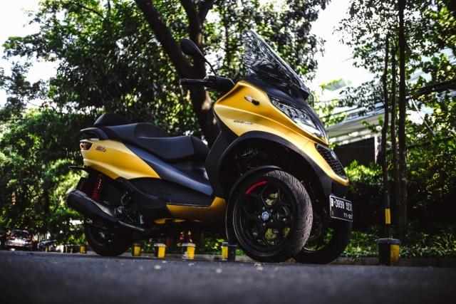 Foto: Lebih Dekat dengan Piaggio MP3 500 HPE, Skutik Canggih Beroda 3 (85195)