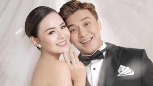 5 Gaya Photoshoot Seleb Pacaran Layaknya Prewedding, Bikin Netizen Baper (38289)