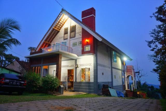 Villa Dangau Kedaung: Penginapan Suasana Puncak di Kota Bandar Lampung (97656)