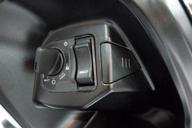 Penjelasan AHM Soal Cover Kunci Jok Honda ADV 150 dan Vario yang Mudah Hilang (101159)