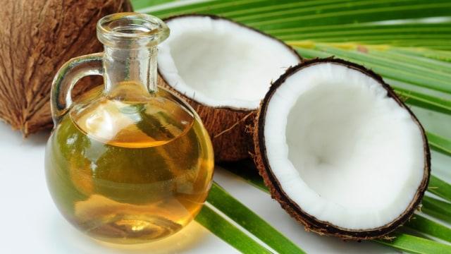 Olive Oil VS Coconut Oil, Mana yang Lebih Bagus untuk MPASI Bayi?  (119017)