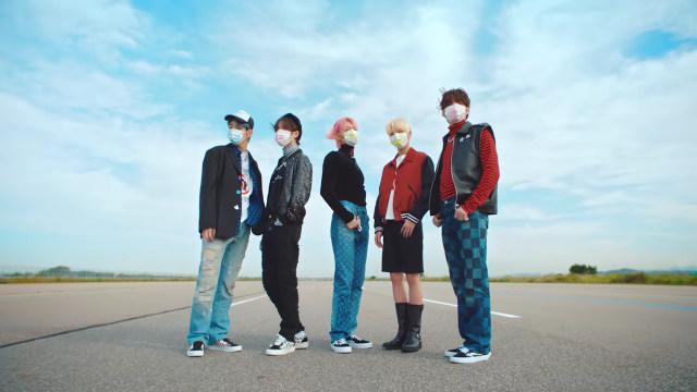 Yeonjun TXT dan Keempat Member Lainnya Pamer Kharisma dalam MV Terbaru Mereka (329696)
