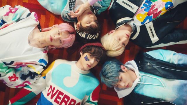 Yeonjun TXT dan Keempat Member Lainnya Pamer Kharisma dalam MV Terbaru Mereka (329697)