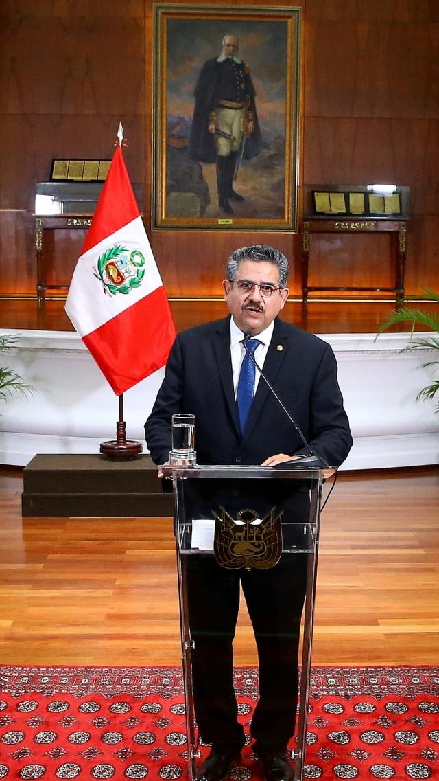 Baru Berkuasa 6 Hari, Presiden Peru Manuel Merino Mengundurkan Diri (53693)
