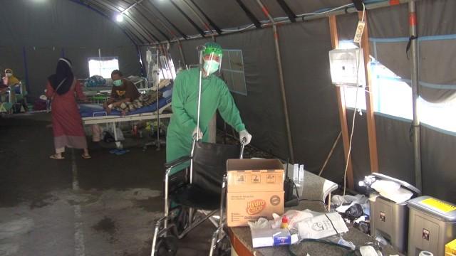 6 Pasien RSUD Kardinah yang Mengarah Suspect COVID-19 Dirawat di Tenda Darurat   (57557)