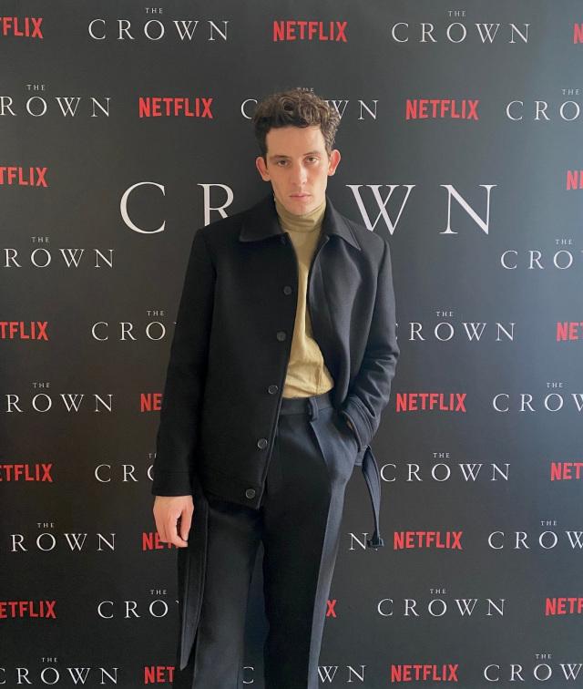 Mengintip Gaya Busana Para Pemain The Crown Season 4 saat Premier Virtual (51728)