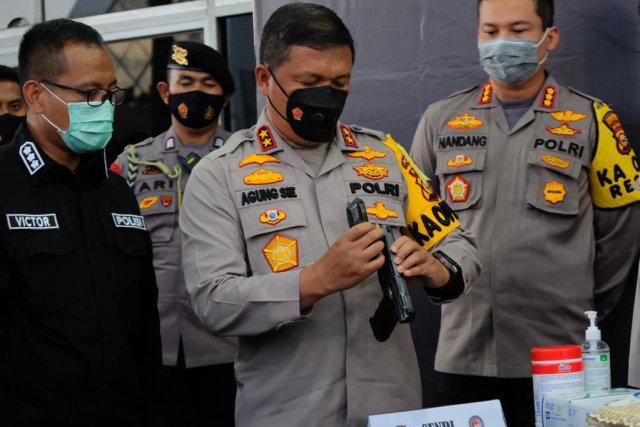Bandar Narkoba Dumai dan Medan Tembak-tembakan Memperebutkan 46 Kg Sabu (286327)