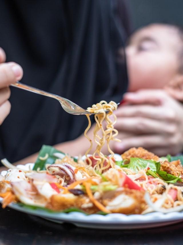 Kata Ahli Tentang Makanan yang Dilarang untuk Ibu Menyusui (652558)