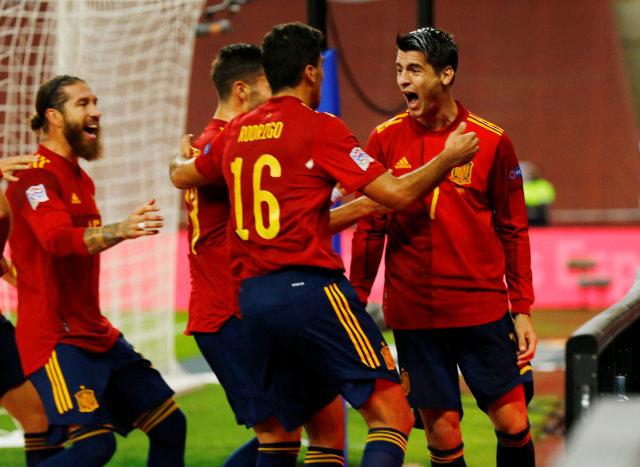 Spanyol vs Jerman: Tuan Rumah Pesta Gol, Libas Tamu 6-0 (10313)
