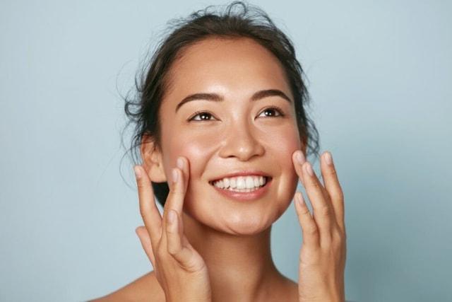 5 Manfaat Clay Mask untuk Kulit Wajah, Mengatasi Jerawat hingga Kulit Kering (28932)