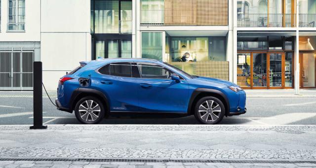 Akhirnya Toyota Indonesia Bawa Mobil Listrik Murni, Kapan Dijual ke Konsumen? (50041)
