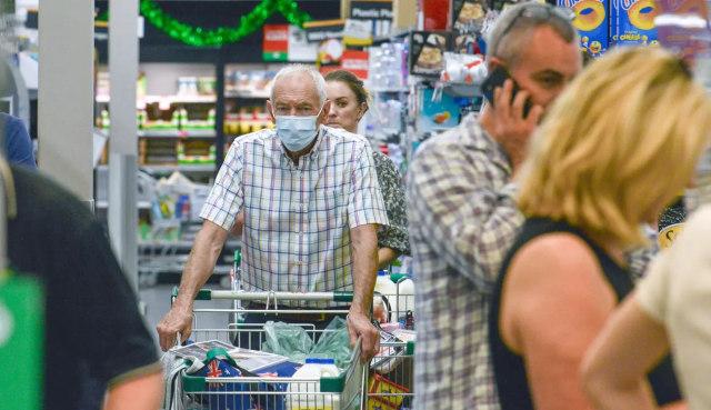 Foto: Lockdown 6 Hari, Antrean Supermarket di Australia Selatan Mengular (79426)