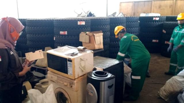 Awas! Ada 22.683 Kilogram Limbah Elektronik di Jakarta Tahun Ini (56781)