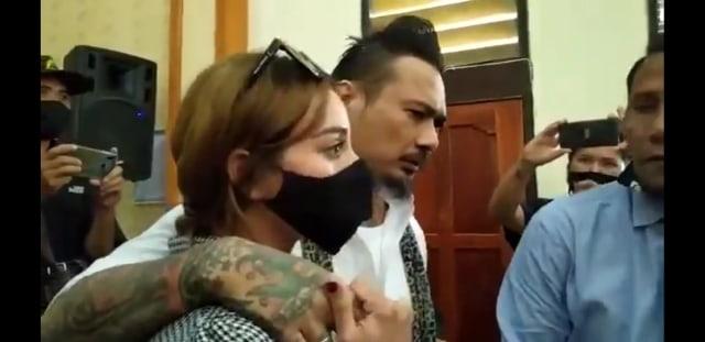 Anji Kecewa atas Vonis Penjara 14 Bulan Bagi Jerinx (387693)