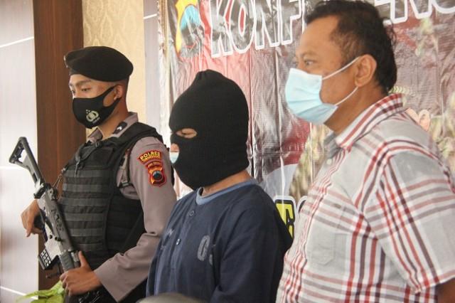 Cabuli Anak Tiri Hingga Hamil, Pria di Temanggung Ditangkap Polisi (579389)