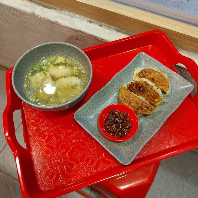 Menikmati Bakmi Ayam Halal ala Kedai Mi Mungil di Jalan Ciranjang (271018)