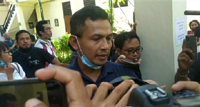 Ayah Jerinx Hormati Putusan Hakim, Bobby SID Masih Syok (302749)